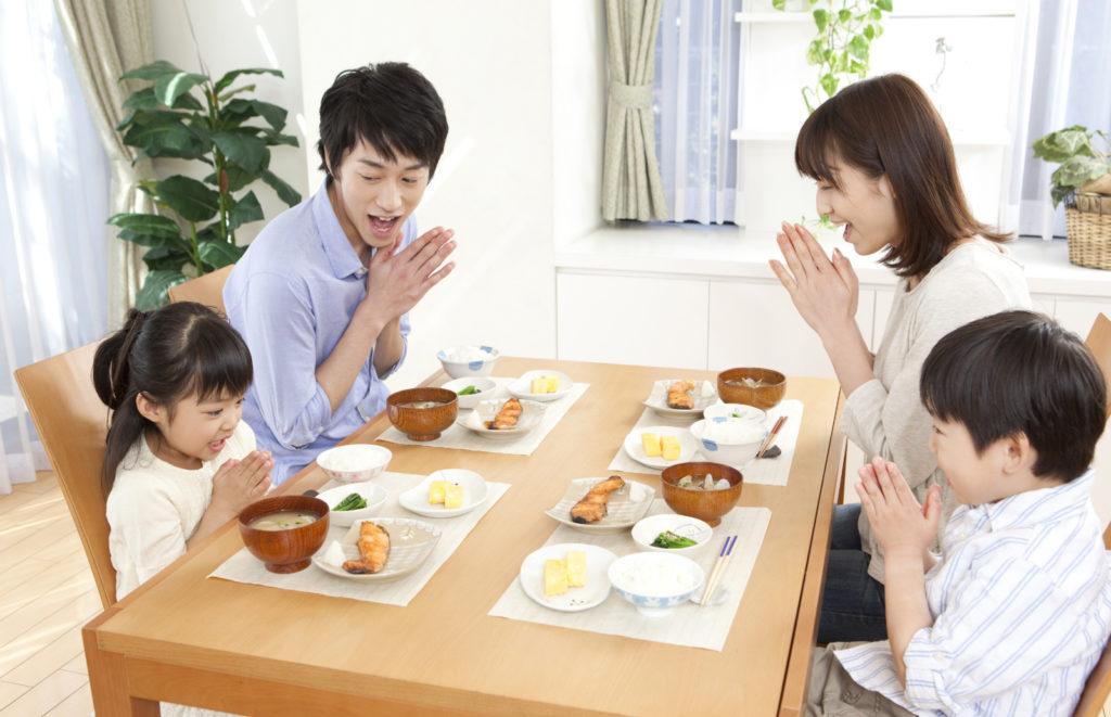 子どもが嫌いな食べ物を克服する5つの方法を紹介!体験談あり