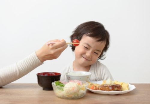 食べ物の好き嫌いは人間関係にも影響を与える